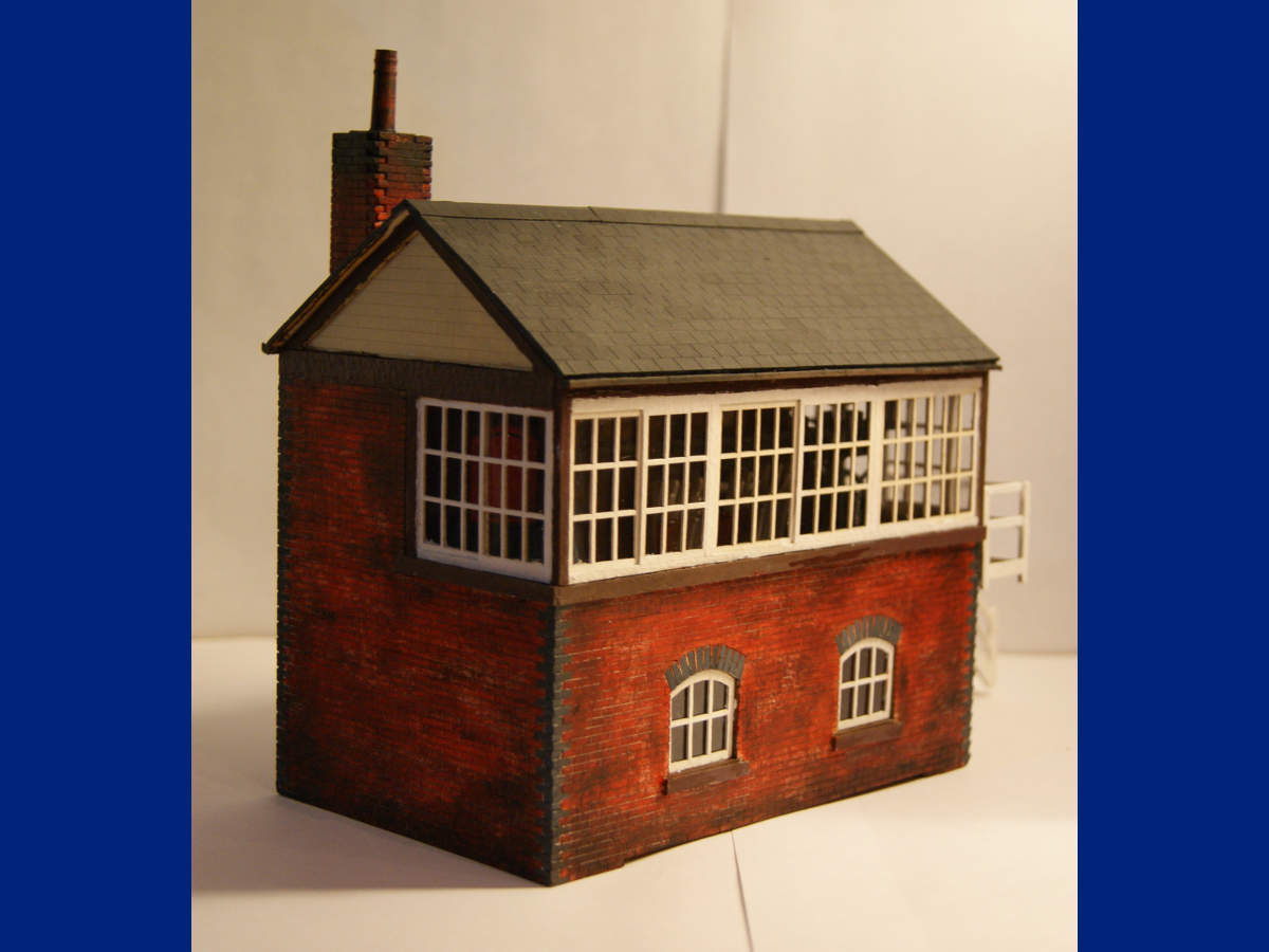 Medium signal box in O gauge with interior. Assembled and finished by Claire and Martin Gilmore. Submitted by Claire and Martin Gilmore on 12th October 2015