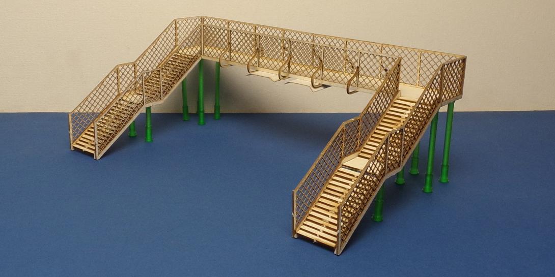 footbridge in o gauge