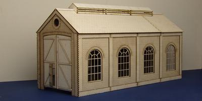 LCC B 70-01 O gauge small single track engine shed with round windows